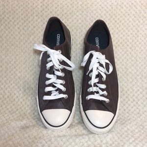 Leather men's brown converse size 10